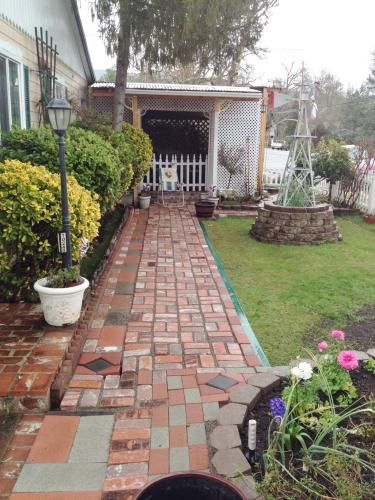 Charmant Patio Pal. Patio Pal Quick Brick Patio System ...