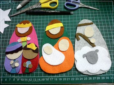 Felt Nativity - this is a cute idea I think I might have to try.