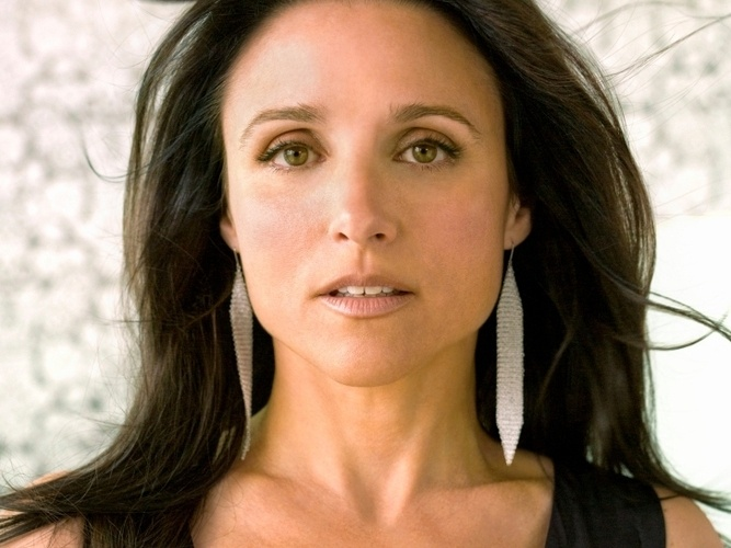 Julia Louis-Dreyfus... almost 50 years old... funny and sexy woman