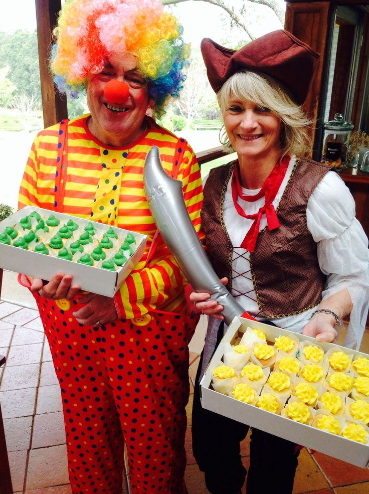 Cup cake day at Bago vineyards with Cheryl the pirate & Ian the clown