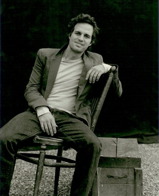 Not sure what it is about Mark Ruffalo... But in a way. I find him attractive.