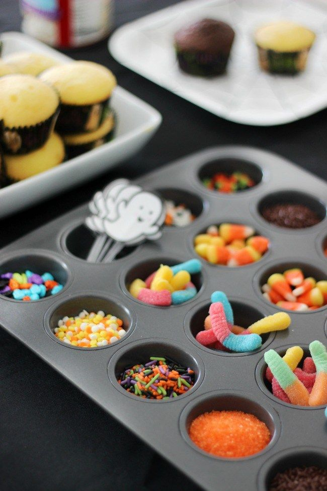 Halloween Cupcake Decorating Party for Kids