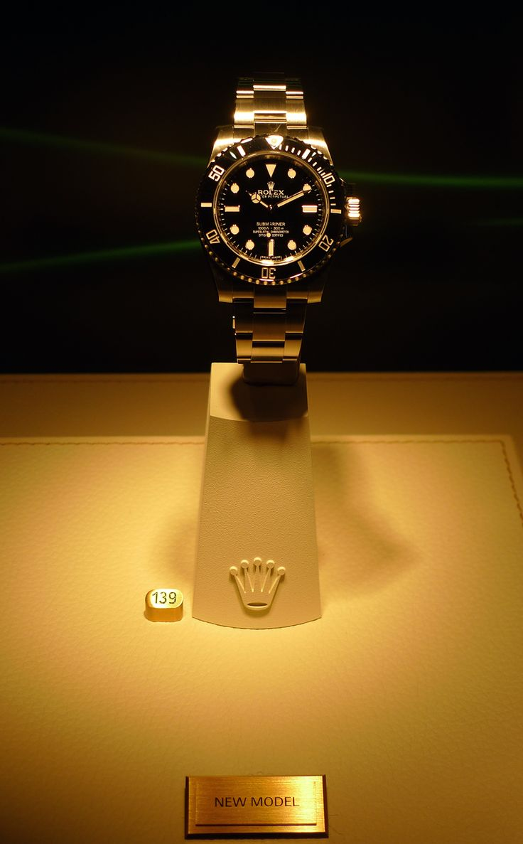 New Rolex Submariner No Date - 114060 - Basel 2012                              …