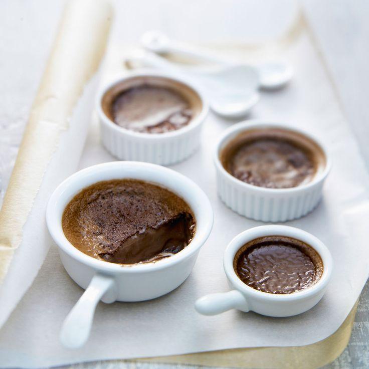 26 best la table dessert images on pinterest - Fondant au chocolat la table a dessert ...