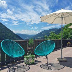 Sonnenterrasse im 3*S Boutique Hotel Stern bei Bozen in Südtirol