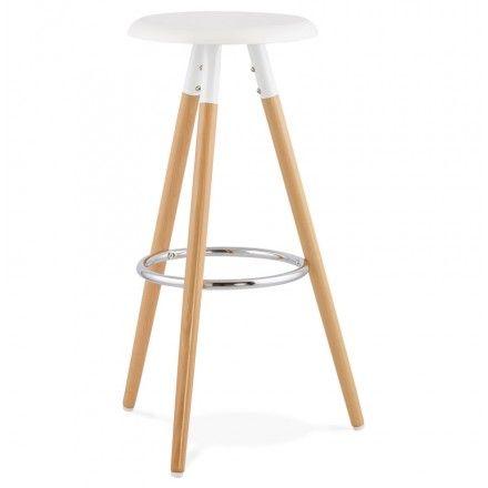 un mariage de blanc et bois clair pour le tabouret de bar design scandinave 3 pieds - Pied Table De Bar