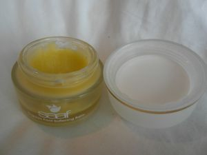 http://talesofatwinmum.wordpress.com/2013/05/26/review-saaf-skincare-ultimate-moisture-face-serum-and-foot-softening-balm/