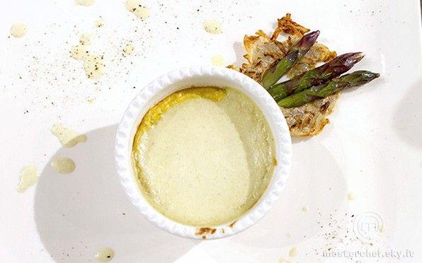 Budino di cipolla in terrina con crema di asparagi e formaggio Ficu - http://masterchef.sky.it/ricette/antipasto/budino-di-cipolla-terrina-con-crema-di-asparagi-e-formaggio-ficu/