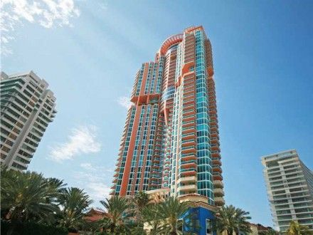 """The Portofino in South Beach (""""Portofino Tower"""") is a stunning 44-story masterpiece of design that was one of the first of the new """"ultra-luxury"""" high-rises to emerge in the now trendy South of Fifth (SoFi) area in South Beach. Needless to say, this pioneering condominium – located on the waterway that connects Biscayne Bay to the Atlantic Ocean – offers substantial comfort and is on par with the highest standard of living available in the city."""