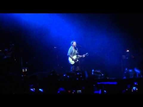 Pearl Jam исполнили кавер на песню U2 A Sort of Homecoming - http://rockcult.ru/pearl-jam-covered-u2-a-sort-of-homecoming/