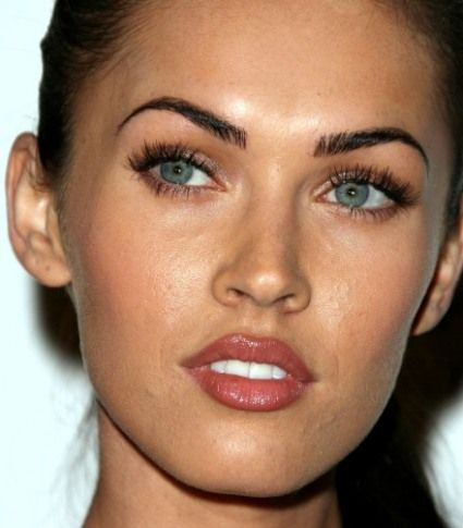 Megan Fox has some of the best eyebrows in Hollywood... PERFECTION!