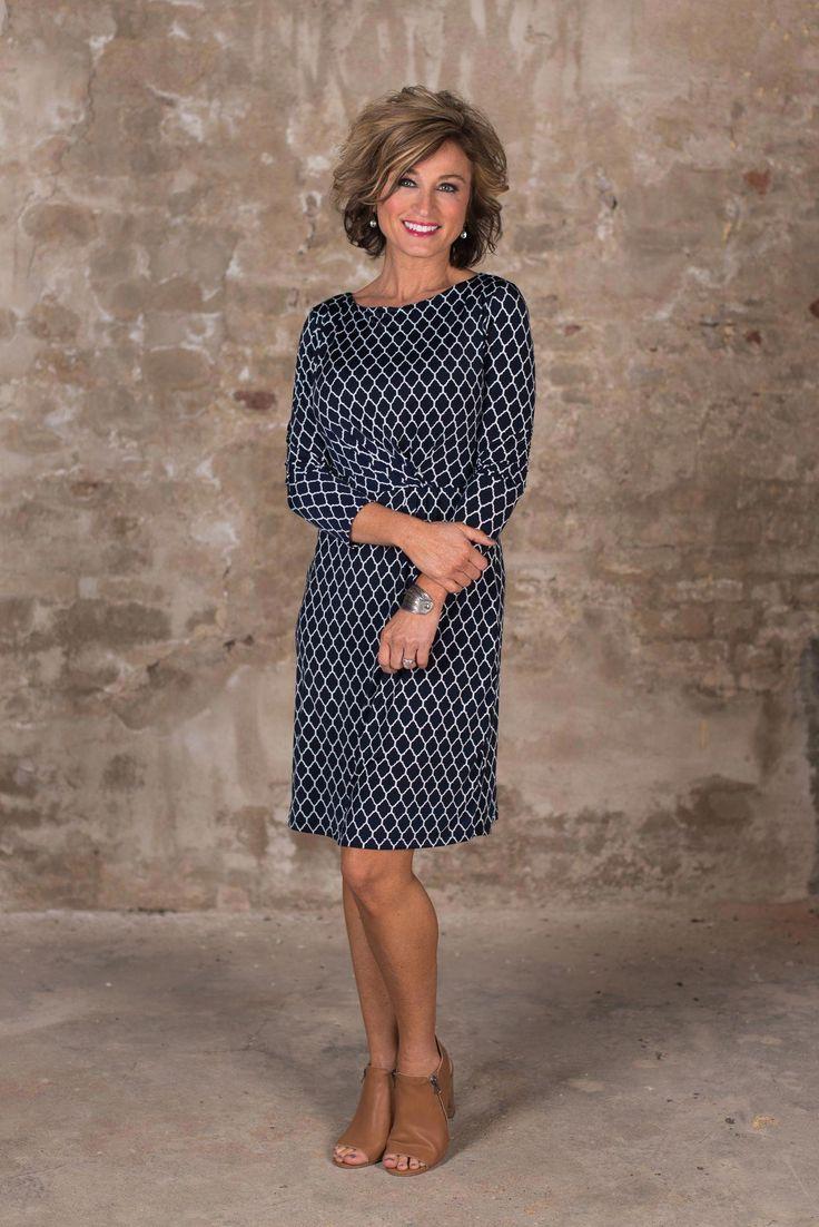 women's fashion over 40 summer mom style #fashionover40dressy #fashionover40springover50