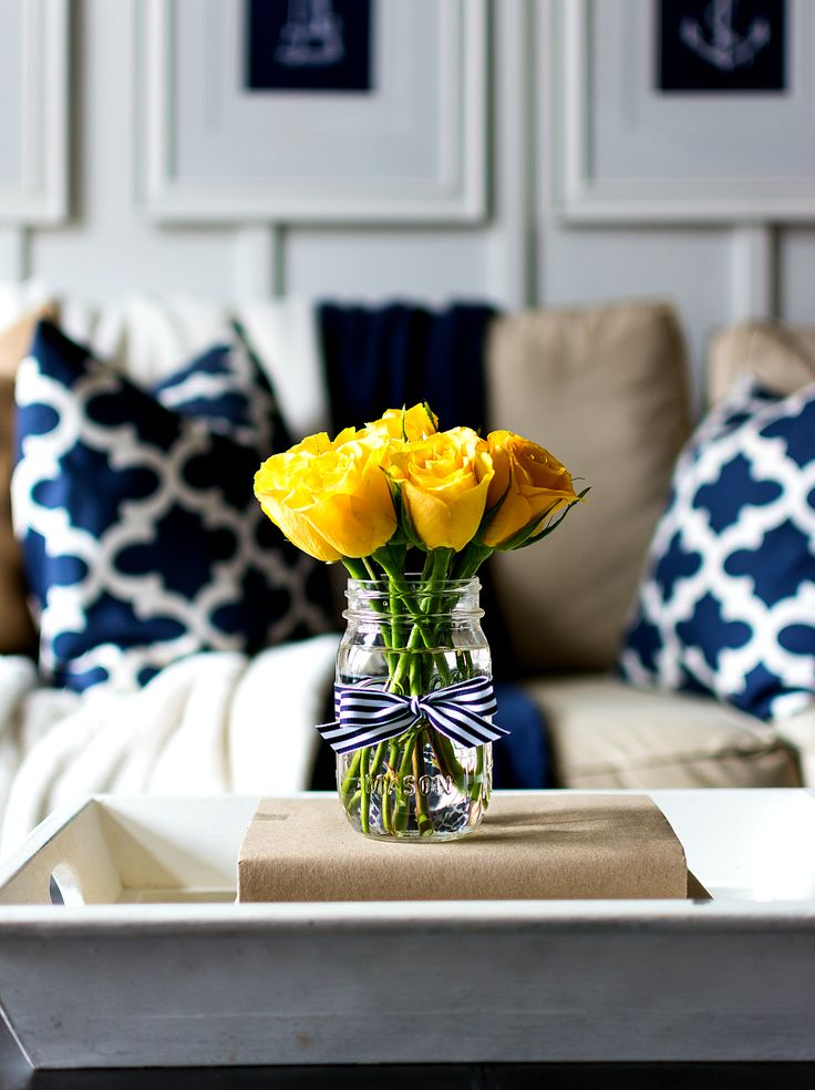 Best 20 yellow room decor ideas on pinterest spare - Spring living room decorating ideas ...