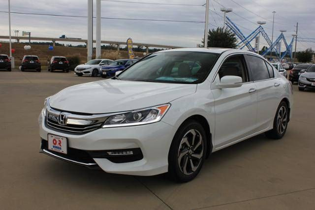 https://flic.kr/p/NYFNgq | 2017 Honda Accord EX CVT $27,365 | www.hondaofparis.net