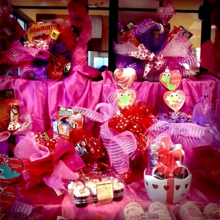 57 best Valentine Display images on Pinterest | Shop windows ...