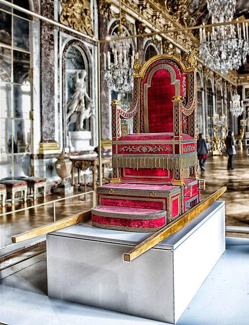 Château de Versailles *siège réservé aux rois de France*