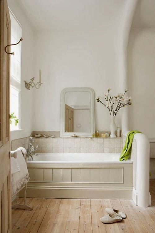 26 best wicker road cottage images on pinterest wicker for Best bathrooms on the road