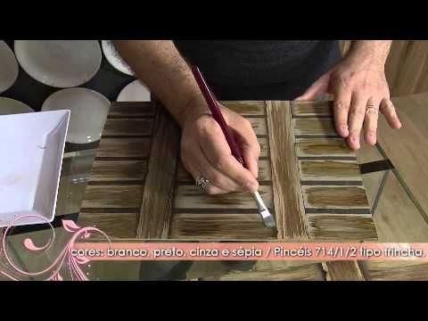▶ Aprenda a técnica de pintura que imita madeira! - YouTube