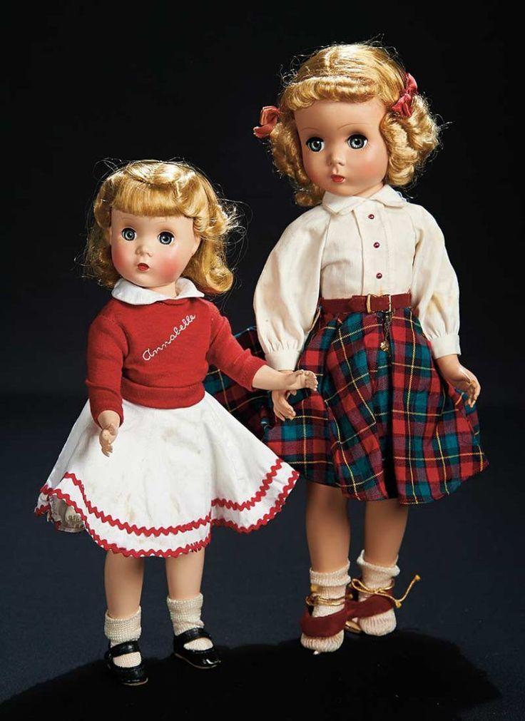 Аннабель Кейт Смит на Красной тафта платье мадам Александра 300/400