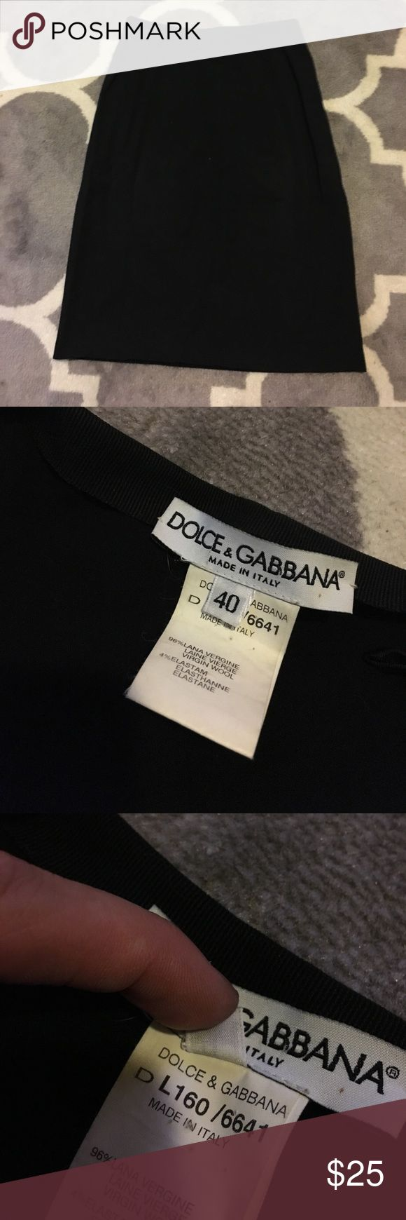 DOLCE & GABBANA black skirt Just like a little black dress, every girl needs a little black skirt! It reads size (Italian) 40- it is definitely XS (0-4?) .I don't know the exact year, but I'd say it's closer to being vintage, high waisted style. I bought it second hand for $59 a few years ago. Dolce & Gabbana Skirts Pencil