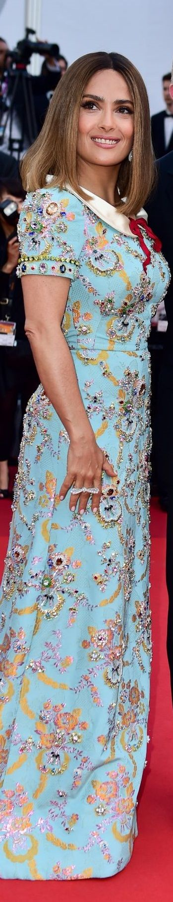 Salma Hayek in Gucci Cannes Film Festival 2017