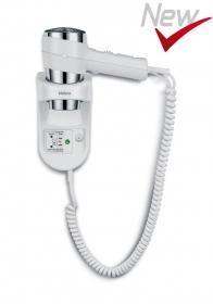 SECADOR ACTION SUPER PLUS 1600 SHAVER BLANCO-CROMO.  Color Cromado, tensión 220-240v/50HZ, potencia 1600W, pulsador funcion hotel, interruptor deslizante, 2 ajustes de caudal de aire, 3 ajustes de temperatura del aire, combinación caudal Te/Air, soporte pared, interruptor soporte, toma corriente, toma corriente afeitadora, transformador aislamiento, luz nocturna, boquilla concentradora.  www.secadores.com