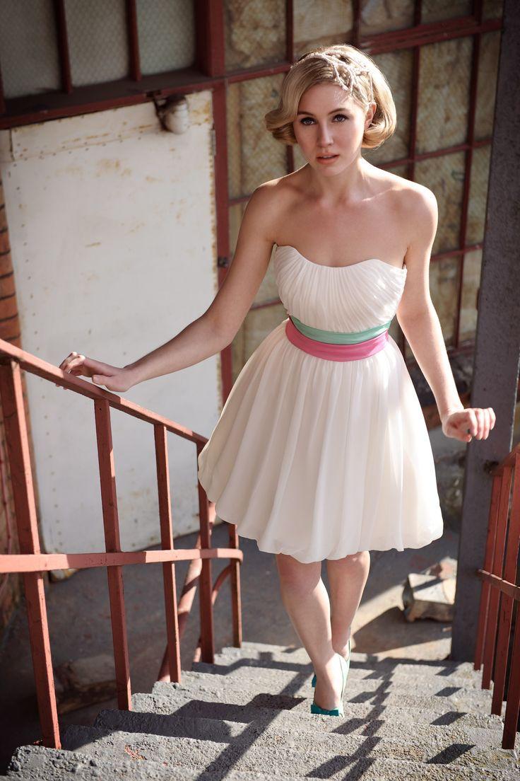 Lovely Goddess Short Wedding Dress u Tobi Hannah