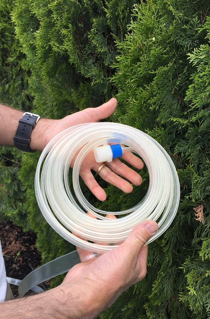 Choose a toxin-free, drinking-water safe garden hose for your container gardens and other outdoor organic gardens #toxinfree #nontoxic #ecofriendly #ecofriendlygarden