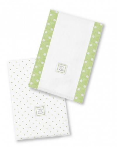 Baby Burpies - Polka Dots, kiwi.Grønn. Flanell+ bomullDekorative underlagmed folder som kan brettes ut. Midtpartiet har polstret fyll i polyester.Underlag tilstell, mating eller kos- brukes på stellebord, fang eller over skulder. Kan evt. brukes som håndkle til å tørke med. Super størrelse til å ha med i stellebag eller veske. Stilfulle mønsterdesignsom matcher andre produkter, fin somgave. * 1 stkflanell i polka dots-mønster* 1 stk bomullsstoff i hvitt m/kantbånd i ...