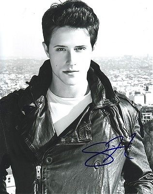 Shane Harper.  so hot!! sings amazing!!!!!!!!!!
