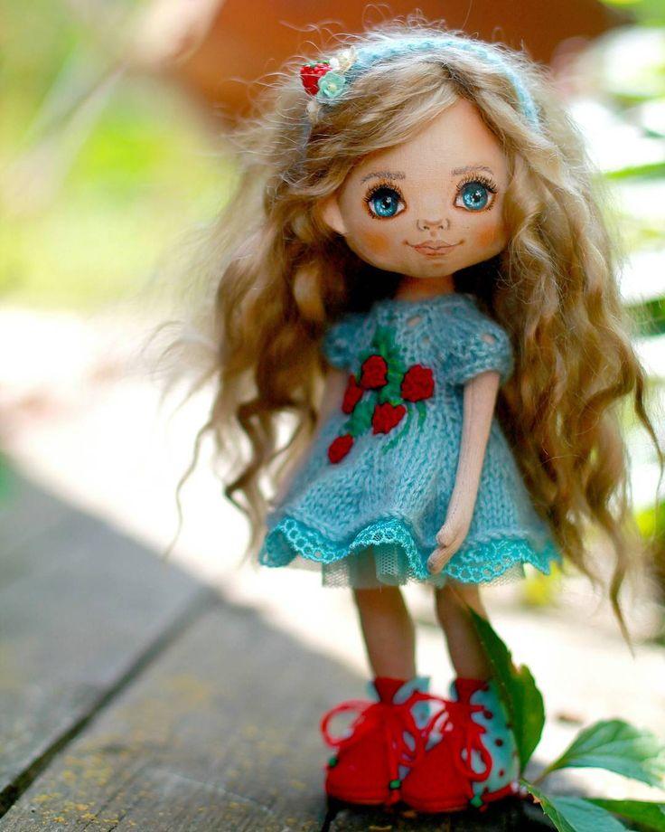 Вот такая Алинка-малинка у меня получилась. Куколка для маленькой девочки.  С…