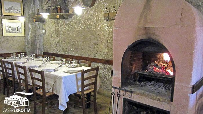 Scorci invernali di Case Perrotta (Sala Camino) - Winter atmosphere at Case Perrotta farm house