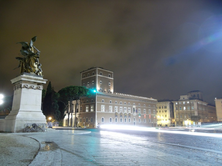 rome at night 2