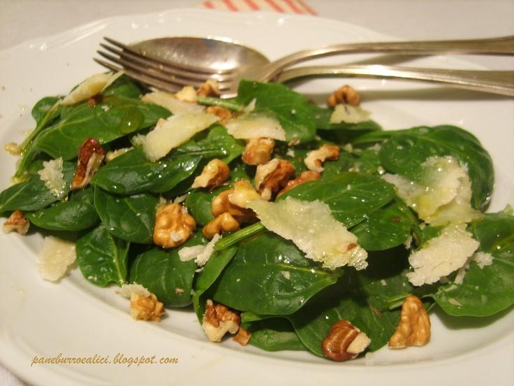 Insalata di spinaci con noci e Parmigiano: Salad, La Voglia, Con Noci, Con Le, Di Spinaci, Contorni, Spring, Spinaci Con