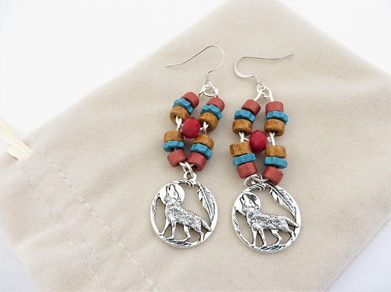 Multi Color Bohemian Earrings, Wire Wrapped Wolf Earrings, Wire Artisan Earrings, Bead Silver Earrings, Wolf Drop Earrings, Dangle Earrings