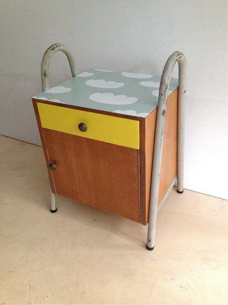 Table de chevet via Wood