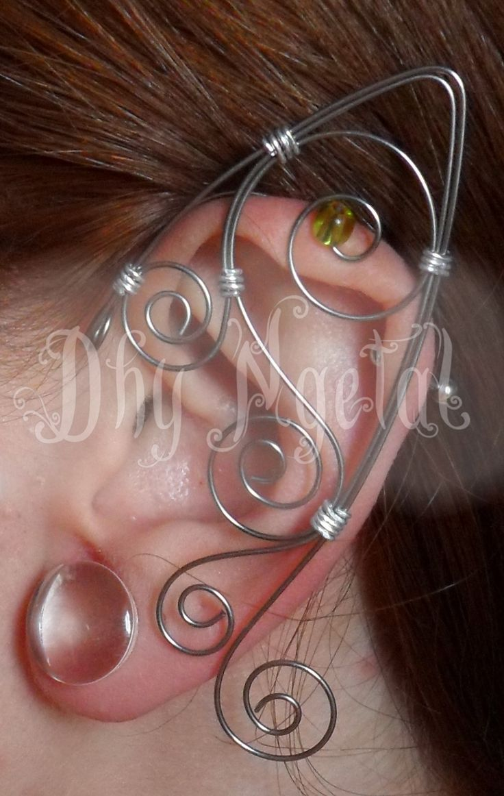 Dhy Ngetal - elf ear,orelha de elfo,elfo,fada,magic,bruxa,senhor dos anéis,hobbit,casamento,celta,viking,antiguidade,arame,ear cuff,elven,wicca,strega fashion,game of thrones,vikings,crown,medieval,elven crown,burning man,withcraft,Harry Potter, wire,jewelry,arvore da vida,tree,prata,jovem nerd,tolkien,jk rowling, renaissance,festival,tathariel,viking queen,tribal,Dhy Ngetal,forest,green,elven kingdom,alternative,coroa,wedding,viking knit,thor hammer,triskel,moon,arwen,galadriel,elvish
