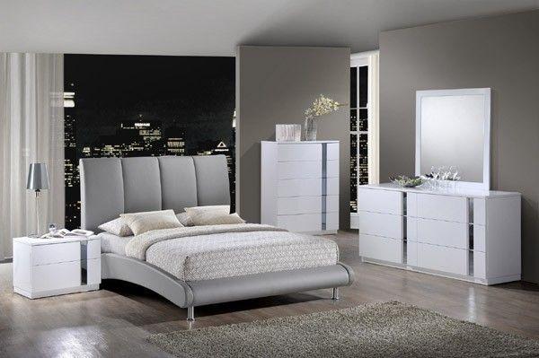 Global Furniture - Jody 4 Piece Eastern King Sleigh Bedroom Set in Grey - 8272-GR-EK-4SET