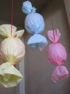 Individual Pinatas for each child at a party - Easy Pinatas to make in about 10 mins.  #pinata #partyideas #diy