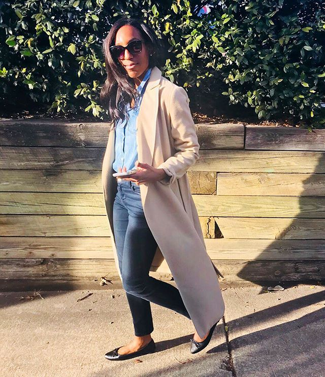 Meghan Markle Street Style Swipe Left Instagram Carousel
