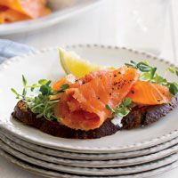 Serve these gorgeous, tangy Smoked Salmon Toasts with Champagne cocktails.