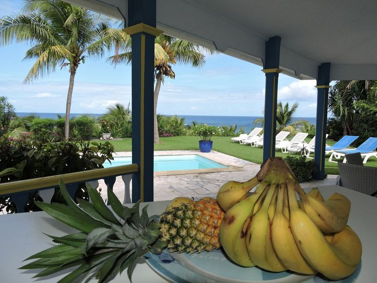 Seasonal rental of the villa PAPAYA, a charming Creole villa in Saint-François in Guadeloupe. Ideally located, the villa overlooks the Anse à la Gourde, one of the mythical beaches of Guadeloupe. Panoramic ocean ...