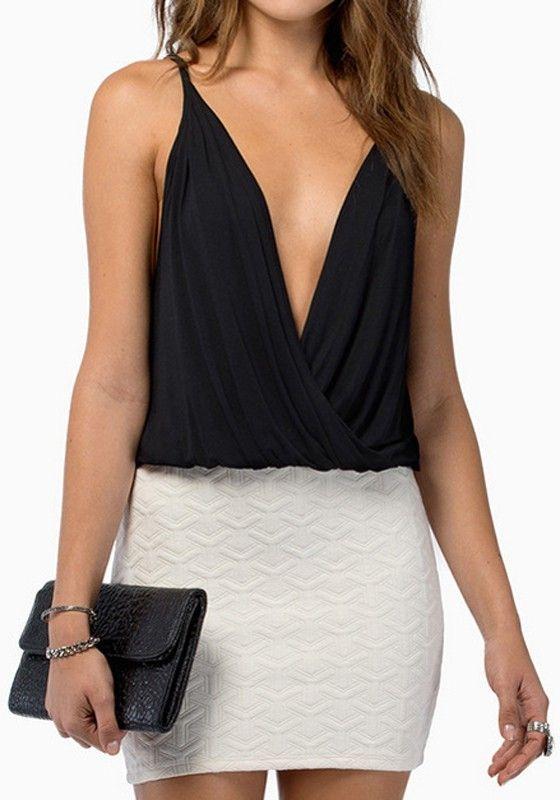 Love Black and White! Sexy Black Plain Sleeveless Plunging Neckline Chiffon Tank Top! #Sexy #V_Neck #Fashion