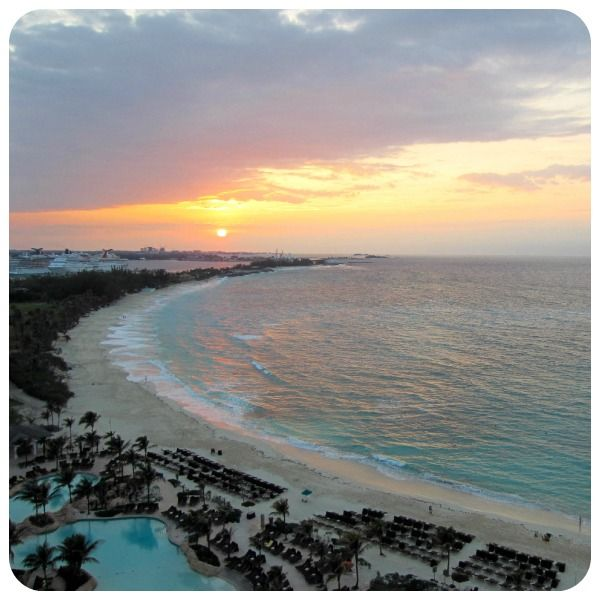 Travel blog on The Cove, Atlantis - we love this photo of a Bahamas sunset!