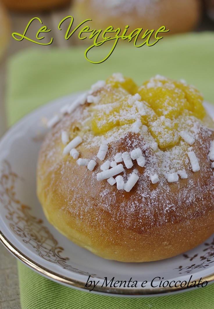 """""""La Veneziane"""" recipe  http://www.mentaecioccolato.com/2012/11/le-veneziane-con-la-crema-e-si.html"""
