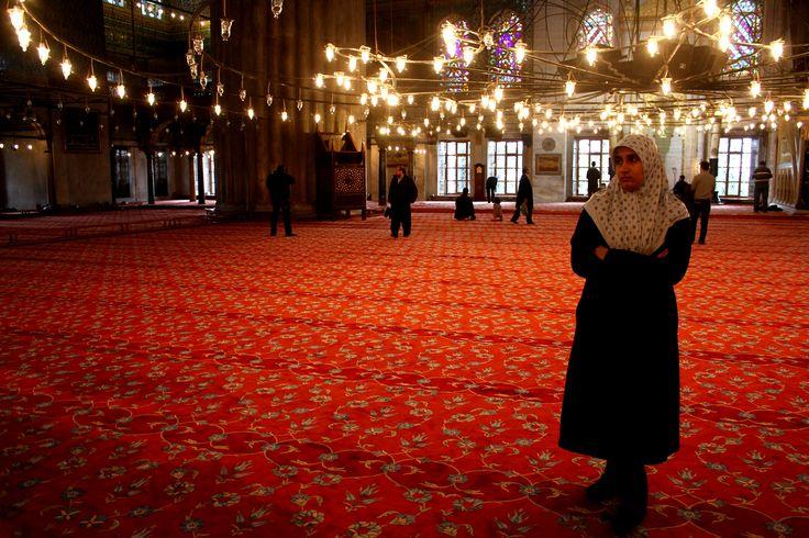 Desde que chegamos a Istambul, sabíamos que voltaríamos. Porque a cidade tem imenso para ver e visitar e porque a Turquia é um destino incontornável a que teremos de voltar, mais cedo ou mais tarde. Sendo assim, e tendo em conta o pouco tempo que tínhamos para a cidade, tivémos de fazer algumas escolhas, deixando …