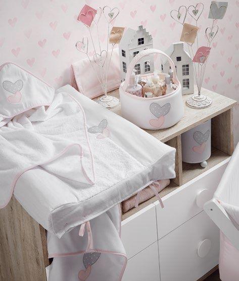 Los pequeños detalles marcan grandes diferencias, solamente hace falta mirar el nuevo catálogo textil Aire by Ros.  Ve a tu tienda más cercana y elige tu modelo: http://www.ros1.com/es/mapa-tiendas-spain