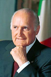 OSCAR L. SCALFARO (1992 – 1999) 9°PRESIDENTE DELLA REPUBBLICA ITALIANA