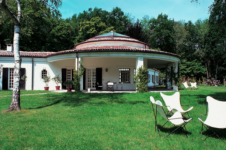 Villa Adriana - Arona Dormelletto - Lago Maggiore http://www.salogivillas.com/en/villa/villa-adriana-22FA