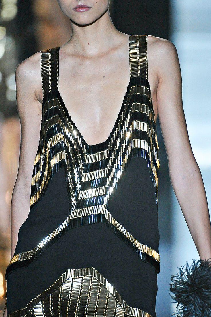 Gucci Spring '12 RTW @vogue.comCocktails Dresses, Art Deco Fashion, Deco Dresses, Cocktail Dresses, Black Gold, Beautiful Cocktails, Artdeco, 2013 Fashion, Deco Inspiration